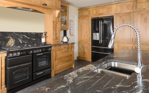 Shaker 95 - with V Groove Joints - Character Oak