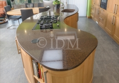 Curved Island Unit - Shaker 95 - American White Oak - V Groove Joints - 10 Curved Doors